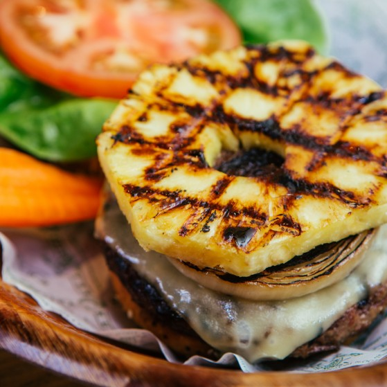 kua-aina-burger